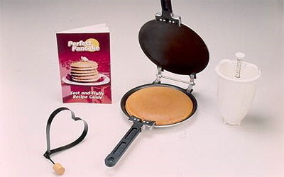 http://www.alimartell.com/wp-content/uploads/2010/10/perfectpancake.jpg