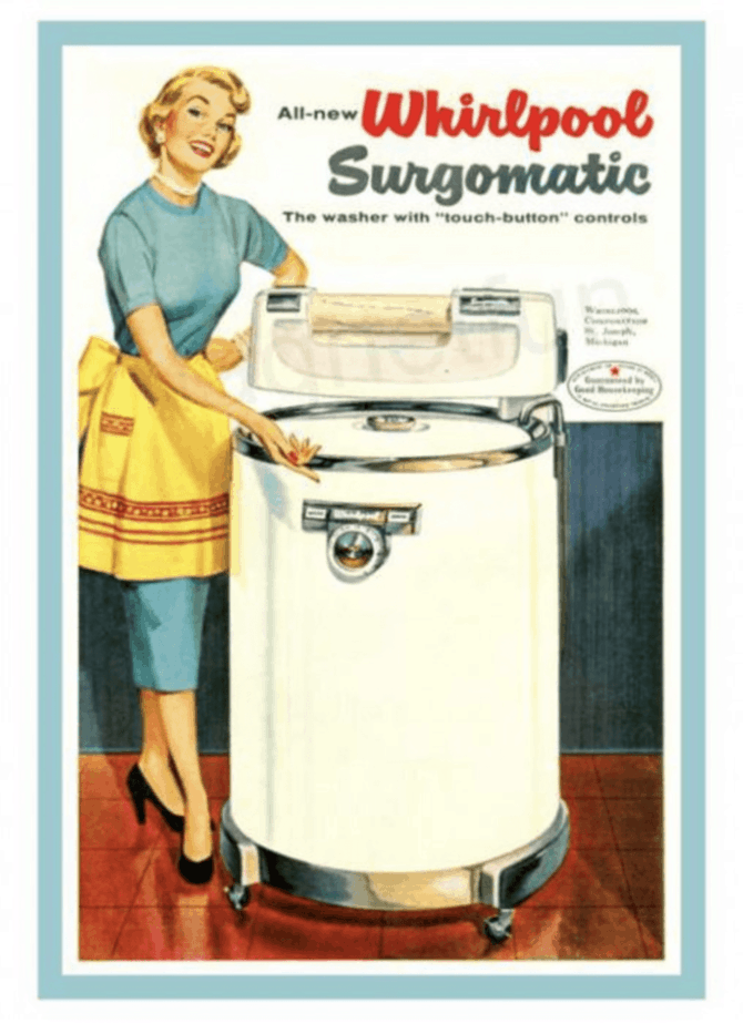 On Laundry: Who Says Mommy Blogs Are Dead?